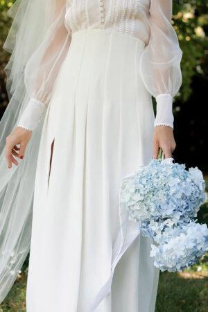 15 ramos de novia con flores azules, ideales para cumplir con la tradición nupcial del «y algo azul».