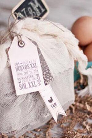 We love! La tradición de llevar huevos a las Clarisas.