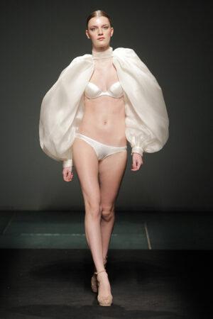 Andrés Sardá y su lencería 'haute couture'.