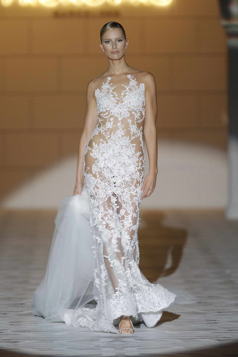 La tendencia de los vestidos de novia transparentes o naked dress
