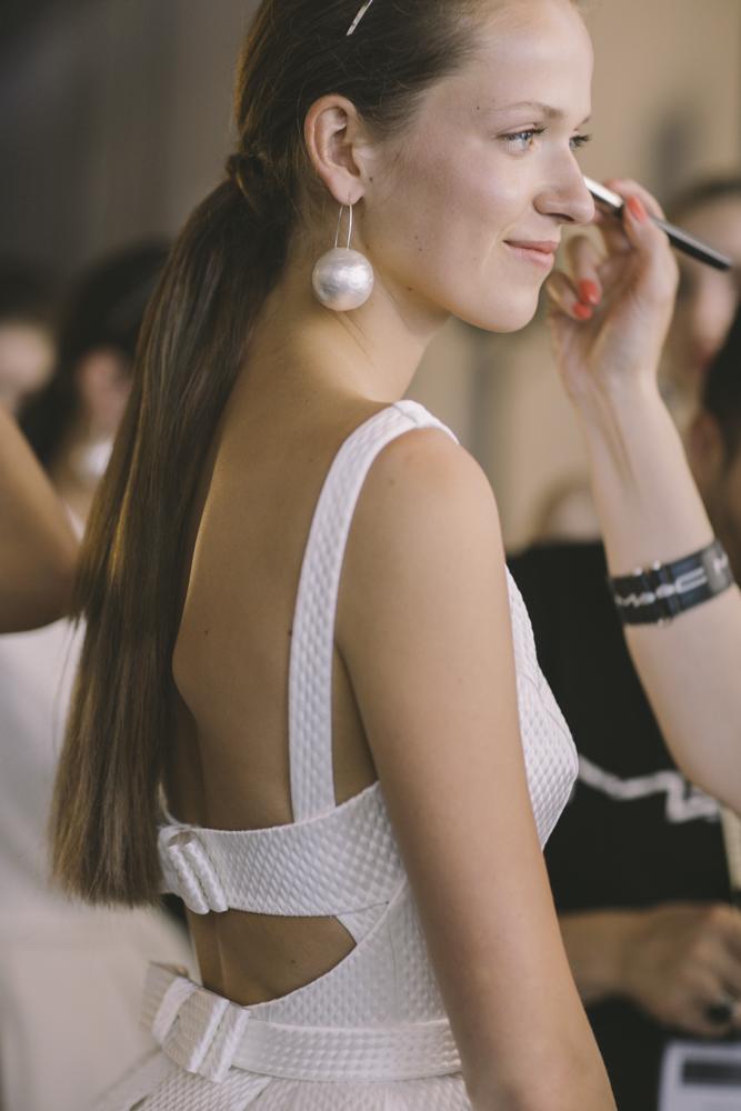 Fotos exclusivas del backstage de Rosa Clará.