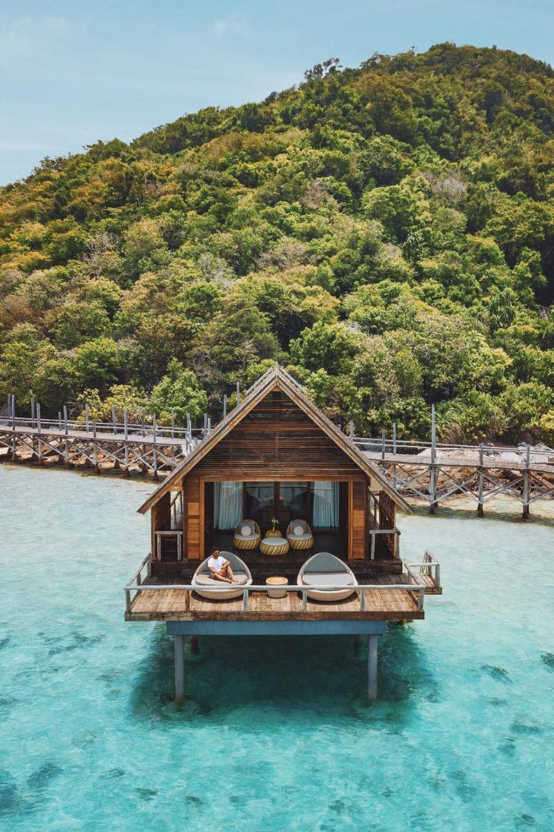 Lunas de miel temáticas y personalizadas – Bawah Reserve en las islas Anambas, Indonesia – Tendencias de Bodas Magazine