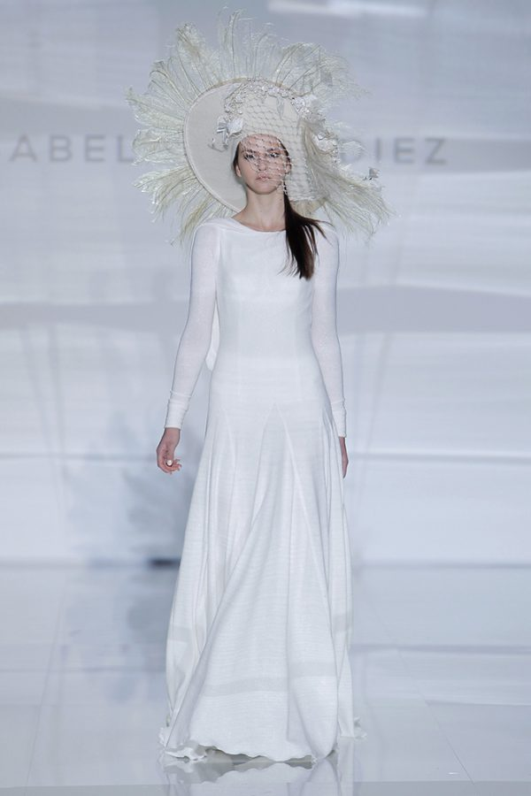 Vestidos de novia de Isabel Zapardiez – Tendencias de Bodas Magazine