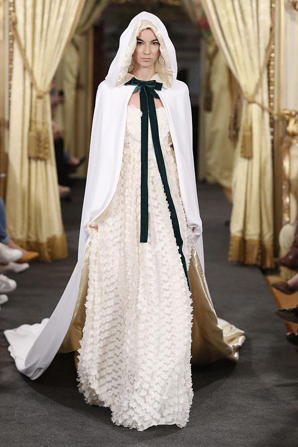 Vestidos de novia de Laura Lomas – Tendencias de Bodas Magazine