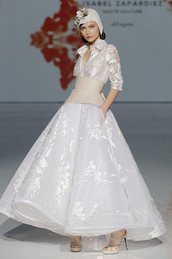 Vestido de novia de Isabel Zapardiez – Tendencias de Bodas Magazine