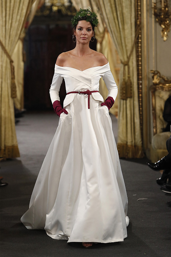 Vestido de novia de Rafael Urquizar – Colección 2019 – Tendencias de Bodas Magazine