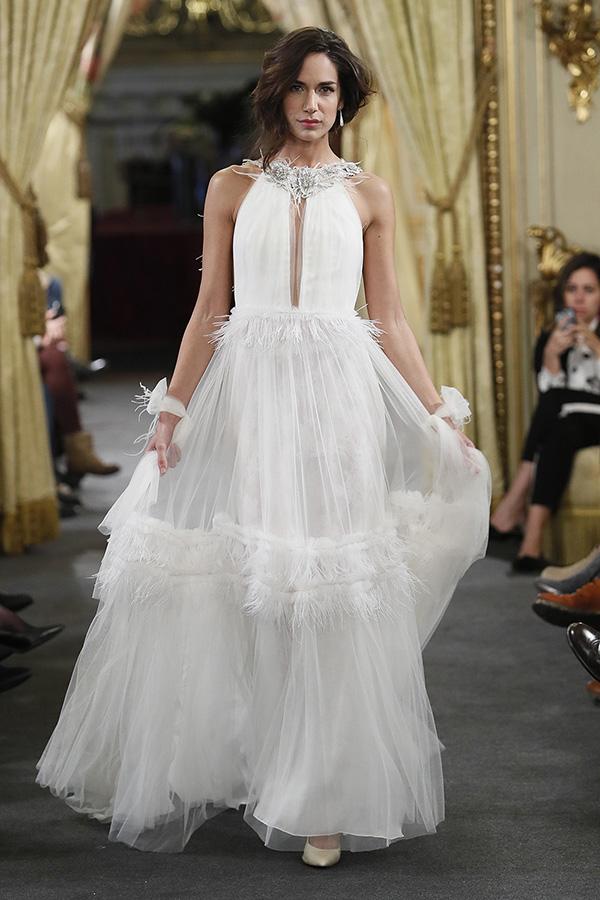 Vestido de novia de Antonia Serena : Colección 2019 Atelier Couture : Tendencias de Bodas Magazine
