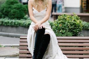 El estilo 'Coachela bride' con vestido de novia de Lucia de Miguel en la #editorialBardot