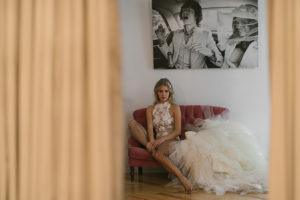 Ramón Herrerías firma una de las faldas de tul para novias más deseadas #editorialBardot