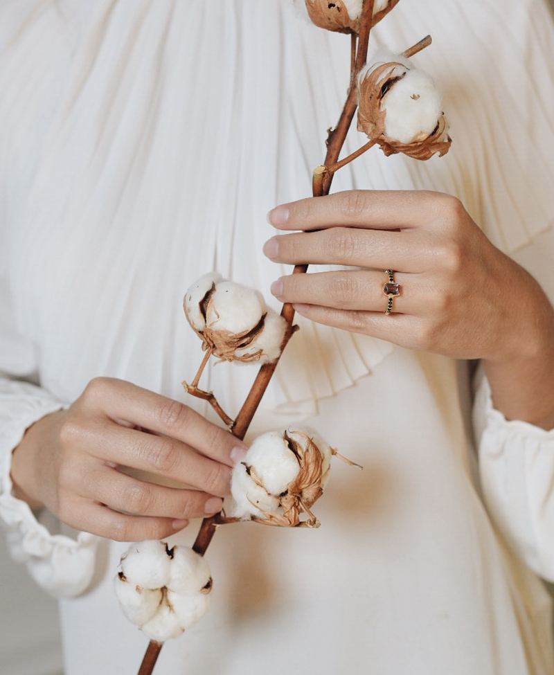 Joyas para novias de Oui Petit by Weddings With Love