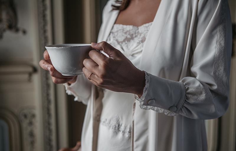 Batas y camisones para los preparativos de la novia
