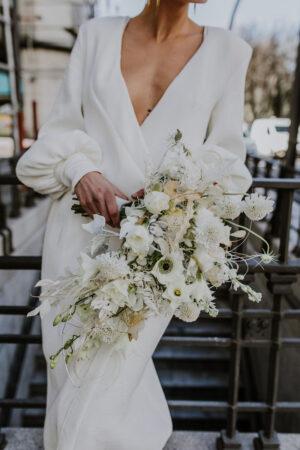 Pongamos que hablo de los espectaculares ramos de novia de Savia Bruta.