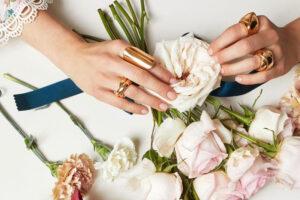 Las joyas perfectas para una novia boho chic.