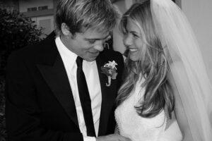 10 de las novias más icónicas (del último siglo) nos inspiran para elegir el anillo de compromiso ideal.