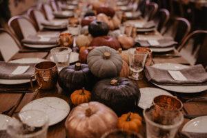3 propuestas de decoración de bodas de otoño (con calabazas) y sello 'Made in Spain'.