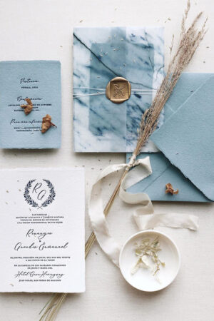 20 invitaciones y papelería de boda para novios que buscan un diseño elegante, diferente y sin flores.