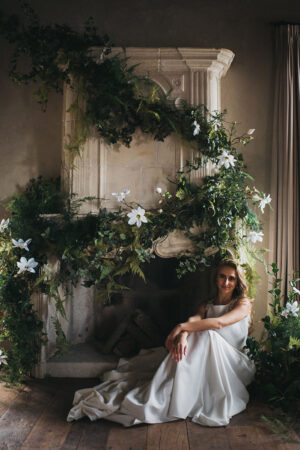 """Donlebún bride"", inspiración botánica para una palaciega boda en Asturias."