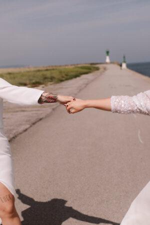 Lara y Cristina, una boda íntima con segundo acto.