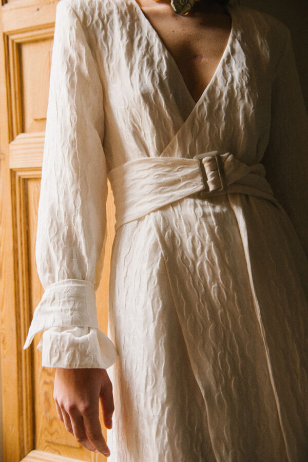 Vestido de novia de Laura Viera – Tendencias de Bodas Magazine & Blog